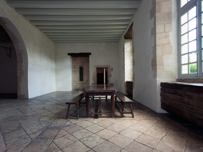 Abbaye de Noirlac, Berry Province, France – Image: 4051 Monks Dinning Hall, Stone Floor, Dinning Table Interior.
