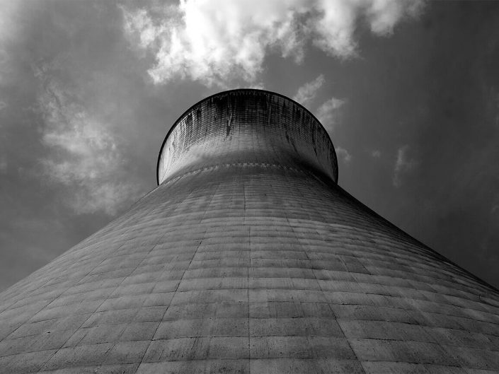 Cooling Tower, Willington, England - Image: BW 2565 Disused Power Station, Industrial Architecture.