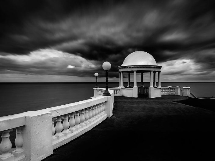 Bexhill On Sea, Sussex, England, Seascape, Promenade Architecture - Image: BW 0445